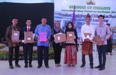 Foto Bersama Final International Essay Contest for SEA-Teacher Alumni